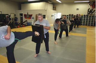 combat training, self defense, ultimate fighting!